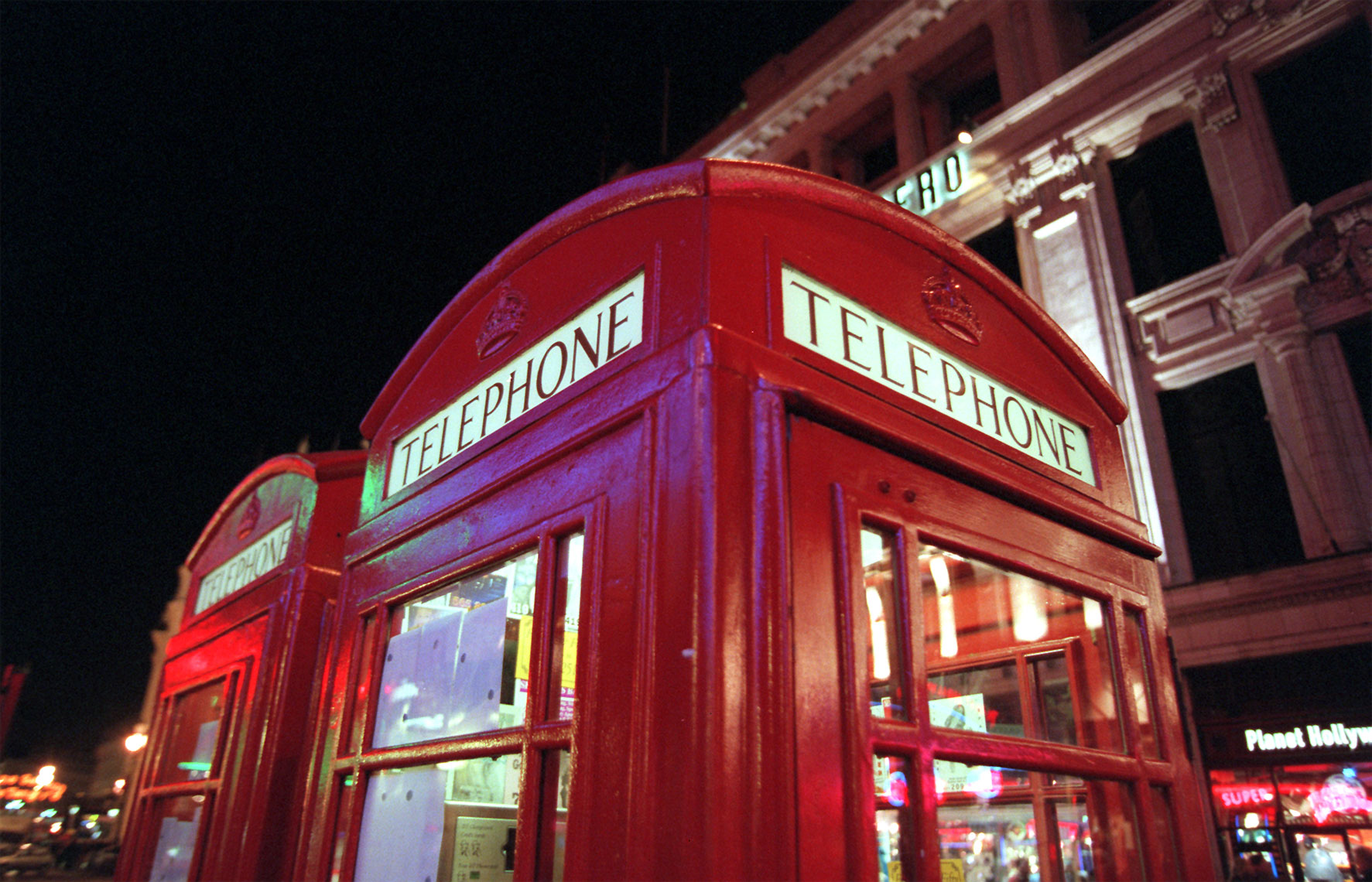 English-Phone-Booth